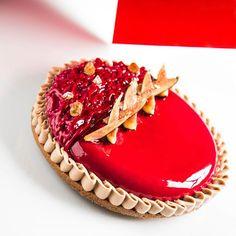 Avec un peu de retard, retrouvez ma tarte figue cassis noisette dans le Journal du Pâtissier N°433 #journaldupatissier #passione #chefslife #silikomart #elitechefs #art #instafood #instaart #chefstalk #chefsofinstagram #pastrychefs #pastryelite #pastrychefelite #pastry #patisseries #frenchpastry #pastry_inspiration #pastryporn #pastrylife #chefstalk #chocolate #foodporn #okmycake #instafood #foodphotos #sogood #foodlover #food #instagoods #fooddesign #artfood .