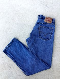 Vintage High Rise 505 Levi's Mom Jeans by ShopAmbersMoon on Etsy