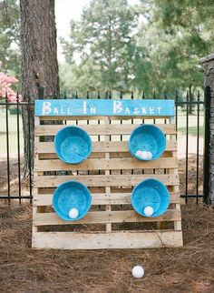 33 DIY Backyard Games For Kids That'll Take Your Summer To The Next Level 33 DIY Backyard Games! Looking for easy DIY backyard games for kids, adults & teens to enjoy? These homemade backyard games are perfect for outdoor parties or entertaining kids this Backyard Games Kids, Backyard Bbq, Backyard Ideas, Backyard Carnival, Diy Garden Games, Backyard Projects, Diy Projects Fun, Project Ideas, Yard Games For Kids