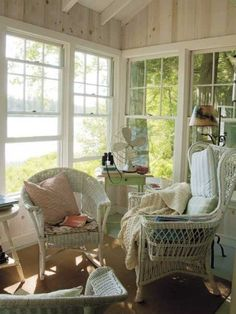 Fresh lake breezes blow through the cottage's siting area.