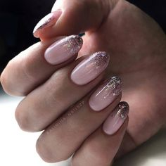 Winter Nails Designs - My Cool Nail Designs New Year's Nails, Pink Nails, Hair And Nails, White Shellac Nails, Cute Nails, Pretty Nails, Pin On, Nagel Gel, Winter Nails