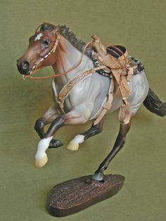More Western saddle sets This looks a amazing! Put this in a Breyer arena with a barrel pattern make him look like he is running from the 3rd barrel with a rider and you would win my vote for 1st place.