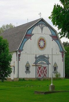Artfully painted barn in Frankenmuth, MI