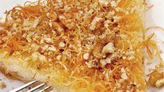 INGREDIENTE 500 g fidea 500 g branza de vaci 300 g unt topit plus o nuca pentru tava 200 g zahar pudra esenta de vanilie coaja rasa a unei lamai Macaroni And Cheese, Unt, Ethnic Recipes, Romania, Food, Mac And Cheese, Essen, Meals, Yemek