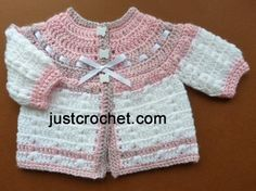 Free baby crochet pattern prem cardi uk ~ Link correct and pattern is FREE when I checked on March 2015 UK/ Australian Terminology To fit chest Preemie Crochet, Crochet Girls, Crochet For Kids, Free Crochet, Knit Crochet, Crochet Baby Sweaters, Crochet Baby Clothes, Baby Knitting, Baby Patterns