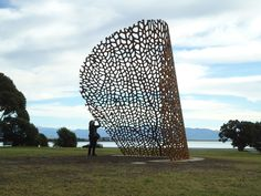 large sculpture placed in Nelson New Zealand Sculpture Landscape Metal - Artist NOVELLA PUBLIC ART (Bilbao Spain)