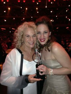 2014 TONY AWARDS (June 8, 2014) ~ Carole King and Jessie Mueller, who won Best Actress in a Leading Role in a Musical for playing Carole in BEAUTIFUL.