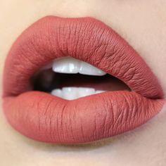 Bumble terracotta Ultra Matte Lip swatch