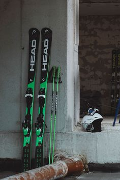 SPORT. SHOP. RENT. Ski, Snowboard und Equipment in Rohrmoos/Schladming. Snowboard, Skateboard, Skiing, Concept, Sports, Shopping, Skateboarding, Ski, Hs Sports