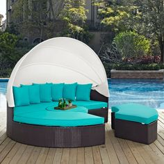 Complement your patio and backyard area while providing yourself with a comfortable place to lounge with Gather Canopy Outdoor Patio Daybed. This daybed is made with a synthetic rattan weave and a powder-coated aluminum frame. Daybed Sets, Daybed Canopy, Patio Daybed, Patio Bench, Sun Canopy, Window Canopy, Canopy Curtains, Canopy Bedroom, White Canopy