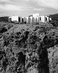 Casa Rozés (1962) by José Antonio Coderch de Sentmenat in Roses, Spain.