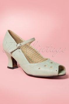 Bettie Page Shoes - 40s Perla Peeptoe Pumps in Mint