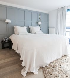 Traditional Bedroom, Bedroom Panel, Home, Home Bedroom, Traditional Bedroom Decor, Master Bedroom Accents, Bedroom Wall, Simple Bedroom, Interior Design Bedroom