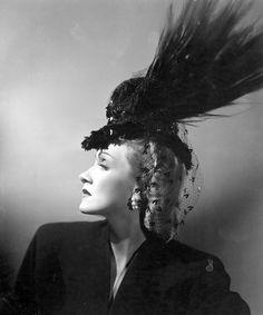 Marlene Dietrich, 1942