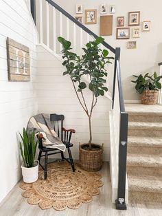 Best White Paint, White Paint Colors, Best Paint Colors, White Paints, White Staircase, Staircase Railings, Staircase Design, Staircase Diy, Stairs