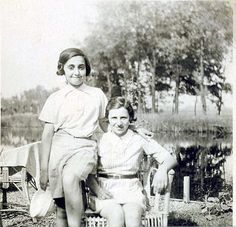 Margot Frank with her friend Edith Jacobsohn, 1937.