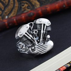 FUNIQUE 2016 New Cool Biker Ring men 316L Stainless Steel Rings Motorcycle Engine Vintage Gothic Rock Punk Jewelry Men Ring Men's Jewelry Rings, Punk Jewelry, Stainless Steel Jewelry, 316l Stainless Steel, Biker Rings, Ring Pictures, Vintage Gothic, Motorcycle Engine, Gothic Rock
