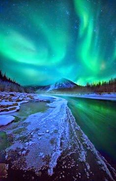 Ogilvie Mountains,Yukon Territory, Canada - Northern lights tours