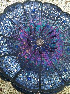 Mosaic Birdbath by Tanja Hawker Mosaics Mosaic Crafts, Mosaic Projects, Mosaic Art, Mosaic Glass, Tile Art, Stained Glass, Mosaics, Glass Tiles, Mosaic Mirrors