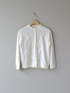 Snow Bloom cardigan vintage 1950s wool cardigan by DearGolden