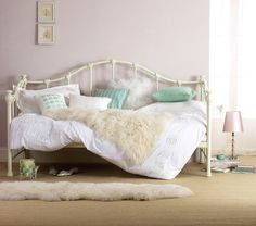 infatuated with the idea of day beds, but don't think one is going to make it into my apartment..