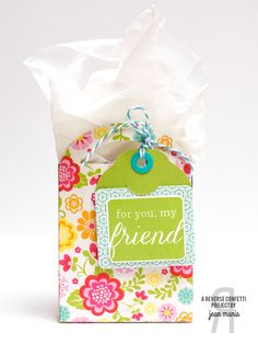 Gift tote by Jean Manis. Reverse Confetti stamp set: Folded Tag Sentiments. Confetti Cuts: Folded Tag. Gift tags. Gift Packaging.
