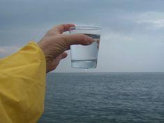 Nueva tecnologia hace posible potabilizar el agua de mar de manera barata usando energía solar