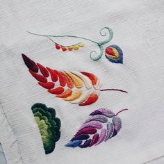 Mariana Gabis embroidery