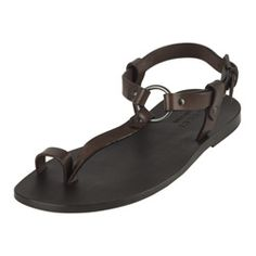 19f9fba0fba9f Gucci Cocoa Leather Toe Ring Sandals