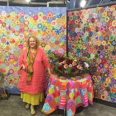 A new quilt-along 'Glorious Hexagons' is coming from Liza Lucy (quilt on left…