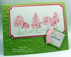 SU Lovely as a Tree stamp using the thumping technique makes for a nice Spring card with all these pretty colours :-)