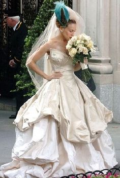 Vivian Westwood's wedding dress worn by Carrie Bradshaw - Sex and the city