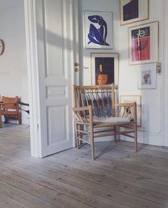 the danish interior Danish Interior Design, Apartment Interior Design, Interior Decorating, Interior Inspiration, Room Inspiration, Danish Living Room, Living Room Designs, Living Spaces, Build Your Own House