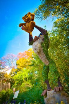 How Are The Topiaries Of The Epcot International Flower & Garden Festival Created?
