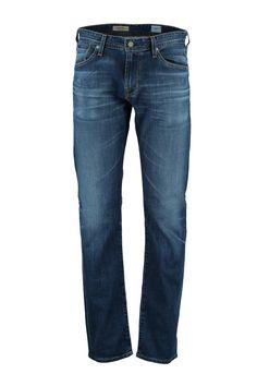 Deze Graduate jeans van Adriano Goldschmied is gemaakt van katoen met polyurethaan, hierdoor stretcht de jeans. Het is een tapered fit met ruimte op het bovenbeen. De jeans is middenblauw en heeft een lichte wassing. Graduate Jeans 1174CAL 10Y UNC. Adriano Goldschmied, Jeans, Fashion, Moda, Fashion Styles, Fashion Illustrations, Denim, Denim Pants, Denim Jeans