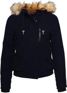 Зимняя куртка женская черная