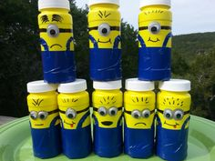 minion bubble party favors - or decorate toilet paper tubes like this! My kids would have a ball making these!