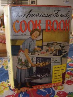 Old Farmhouse Vintage 1961 The American Family Cookbook by Lily Wallace 831pgs!