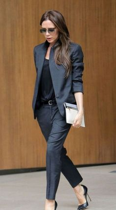 Stylish Women Office Outfits For Winter 42