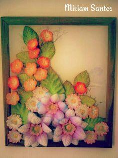 Quadro com flores em eva