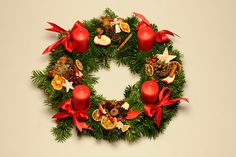 Staročeský adventní věnec / Zboží prodejce rosmarino | Fler.cz Christmas Time, Christmas Wreaths, Christmas Decorations, Holiday Decor, Diy, Home Decor, Accessories, Decoration Home, Bricolage