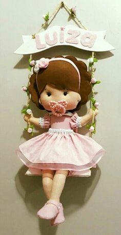Felt Doll Patterns, Felt Animal Patterns, Felt Kids, Felt Baby, Baby Shawer, Felt Wreath, Felt Garland, Felt Crafts, Diy And Crafts