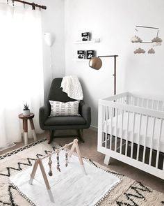 @babyletto on Instagram: ⛅️ can't go wrong with a bright neutral space!  • #babyletto Hudson crib • : designed by mama @crystalinmarie