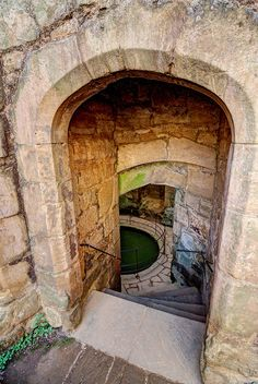 BODIAM CASTLE ~ 14TH CENTURY MOATED CASTLE THAT PASSED THROUGH THE HANDS OF EDWARD III, RICHARD III & HENRY VII. THEY MAY HAVE WALKED THROUGH THIS VERY ENTRANCE