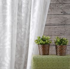 LIANA » Moderner, transparenter Ausbrenner mit von der Natur inspiriertem Blattmotiv. #5700Chic #vorhang #gardine #store #SONNHAUS #raumausstattung
