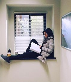 Stephanie Beatriz Personal hero~ she has an amazing personality, stands up for many causes, and is so thankful to be able to do what she loves.❤️❤️❤️ Beautiful inside, outside Brooklyn Nine Nine Funny, Brooklyn 9 9, Rosa Diaz, Fandoms Tumblr, Charles Boyle, Bisexual Pride, Brooklyn Heights, Girl Problems, Story Of My Life