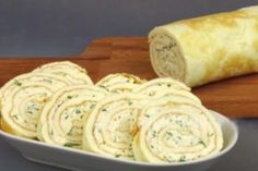 Sandvișuri calde delicioase, gata într-un timp record! - Bucatarul Bread Recipes, Sausage, Dairy, Appetizers, Cheese, Ethnic Recipes, Food, Cooking, Essen