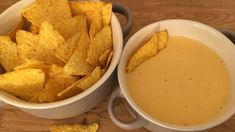 Snack Recipes, Healthy Recipes, Tortilla Chips, Naan, Nachos, Cheddar, Thai Red Curry, Dips, Healthy Living