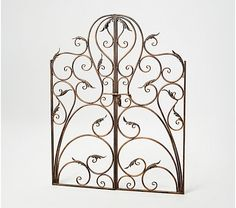 Wrought Iron Gate Designs, Wrought Iron Garden Gates, Garden Gates And Fencing, Metal Gates, Grill Gate, Country Cottage Garden, Stucco Walls, Fence Design, Leaf Design