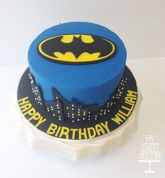 Batman Birthday Cake | @my_sweet_austin | www.mysweetaustin.com